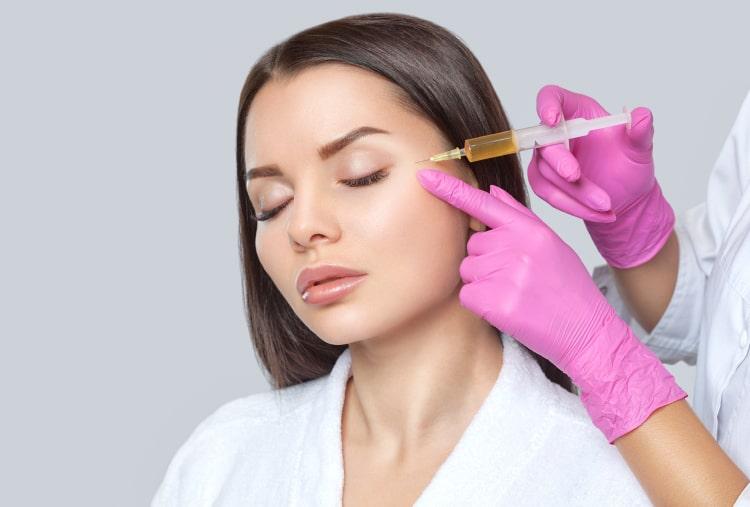Профессиональные процедуры для коррекции морщин